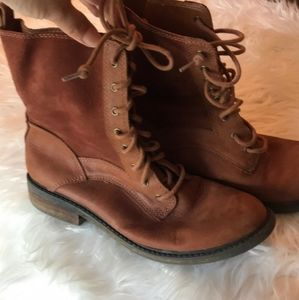 Lucky Brand sodt leather boots